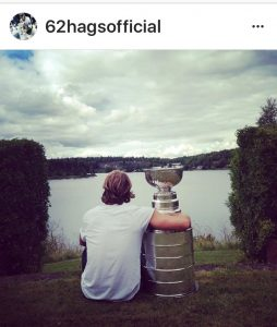 hagelin-arm-around-cup